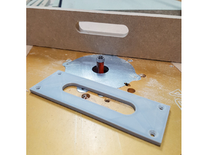 Slot handle router template