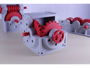 Industrial Bevel Gearbox / Gear Reducer (Cutaway version)