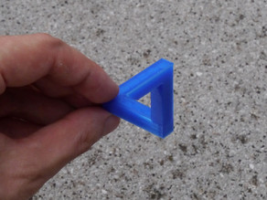Paradox Illusions - Penrose triangle optimised