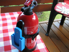Fire-extinguisher mount for Astra H