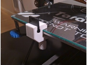 Nozzle cleaner clamp