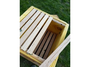 Spacer for Bee Hive Warre
