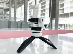 Bolt tripod for smartphone