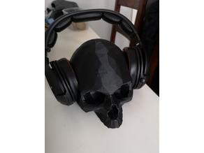 Low Polygon Skull Headphone Stand