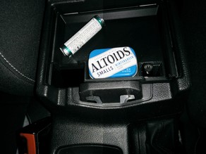 Ford Focus armrest compartment shelf
