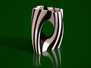 Julia Vase #002 - Yin Yang