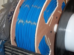 Easy Loading Plywood Spool for Filament.