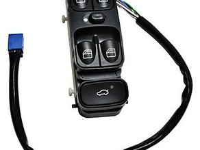 Mercedes Benz C240 01-05/ C230 button