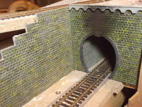 SCALEPRINT WC-20 WALL CAPPING WITH ARCHES 00/H0 SCALE