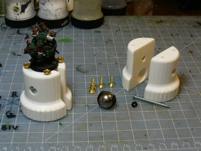 25mm Base Miniature Holder