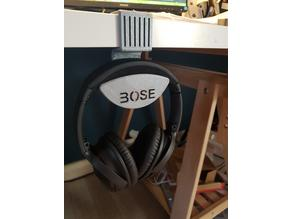 Bose QC35II holder
