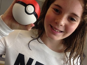 PokeBall - Pokemon Ball with Button and Hinge