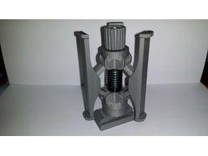 Universal spool holder self-leveling