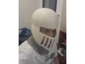 Closed knight helmet
