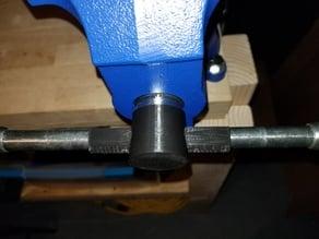 Vise handle clip