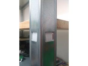 Shelf mount for metal plug shelf