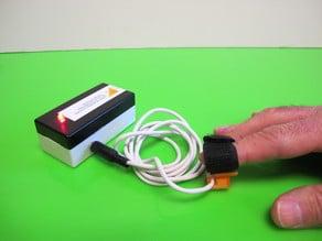 Pulsador de dedo/Button for the finger