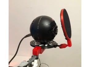 Blue Snowball mic arm hilt w pop filter
