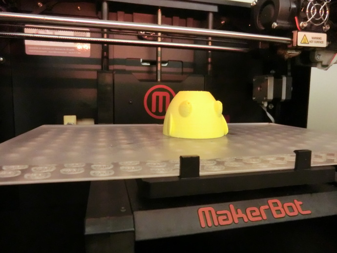 3D-printed standing-sitting chick egg cup