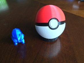 Pokeball (opens and closes)