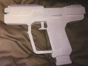 M6G Magnum Pistol 1:1