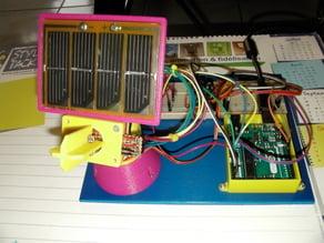 Dual Axis Solar Tracker / Suiveur solaire 2 axes