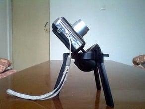 Adjustable mini-tripod