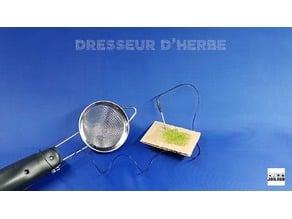 Adaptateur pour applicateur d'herbe