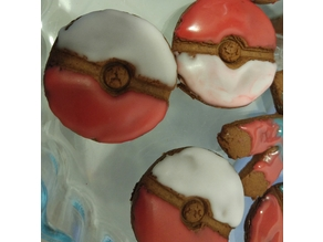 Pokeball cookie cutter (gingerbread)