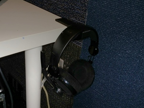Headphone Hook for Ikea LINNMON Table
