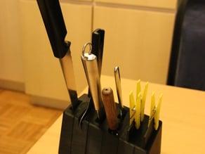 Kitchen tools holder