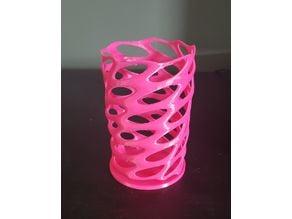 Voronoi Vase - Resized with Wide Base