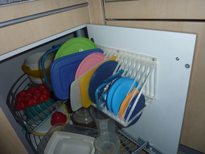 Lid/Cap/Plate Holder - for TUPPERWARE/-CLONE lids, plates or similar