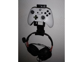 Headphone holder for controller wall mount