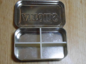 Divider for Altoids tin