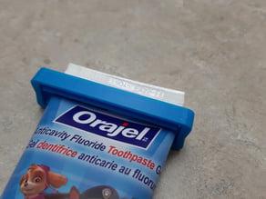 Toothpaste Squeezer-Saver