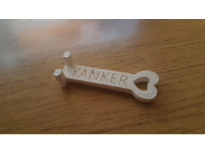 The Yanker keychain (Drone battery puller)