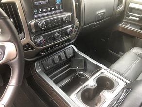 GMC Sierra/Chevrolet Silverado iPhone Mount (2014 to 2018 with center console)