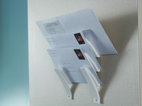 Letter holder