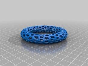 Bracelet Thing 2 - Voronoi Style