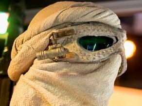 Rey's goggle lenses