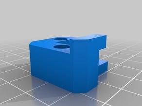 MakerGear corner bed clamp