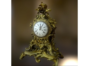 Pendule rocaille, style Louis XV