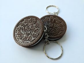 Oreo cookie keychain
