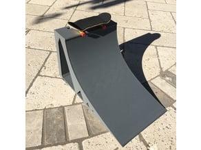 1/4 Quarter Pipe for FingerBoards Skateboarding