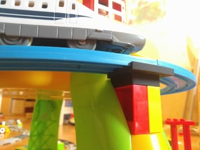 Tomy tracks on Duplo bricks mounting adapter