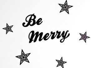 Be Merry wall decor