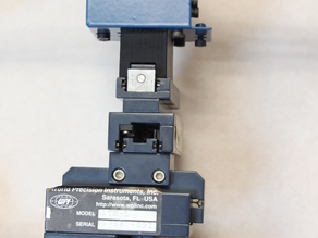 Micromanipulator adapter