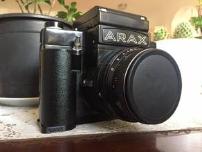 Grip for ARAX 60 or Kiev 60 medium format camera