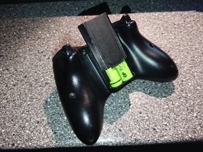 XBox 360 wireless controller battery holder with removable cover